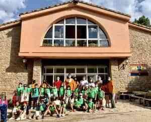Martínez Chana visita los campamentos de verano en el albergue Fuente de las Tablas